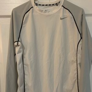 Nike Boy's Dri-fit long sleeve shirt